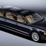 Audi A8 L extended greift den Pullmann an