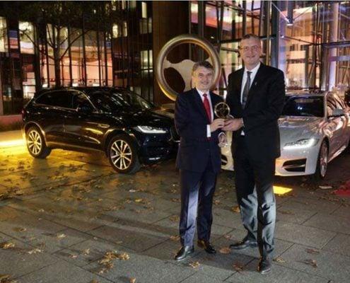 Jaguar gewinnt Goldenes Lenkrad