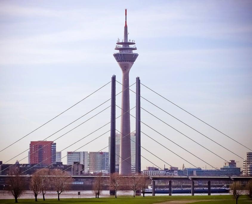 Stadt Düsseldorf / Seriöser Autoankauf in Düsseldorf