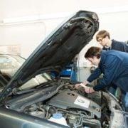 TUV bietet Gebrauchtwagen Check